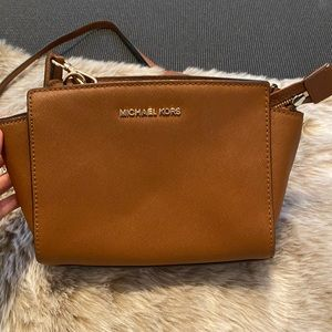 Leather Michael Kors cross body bag